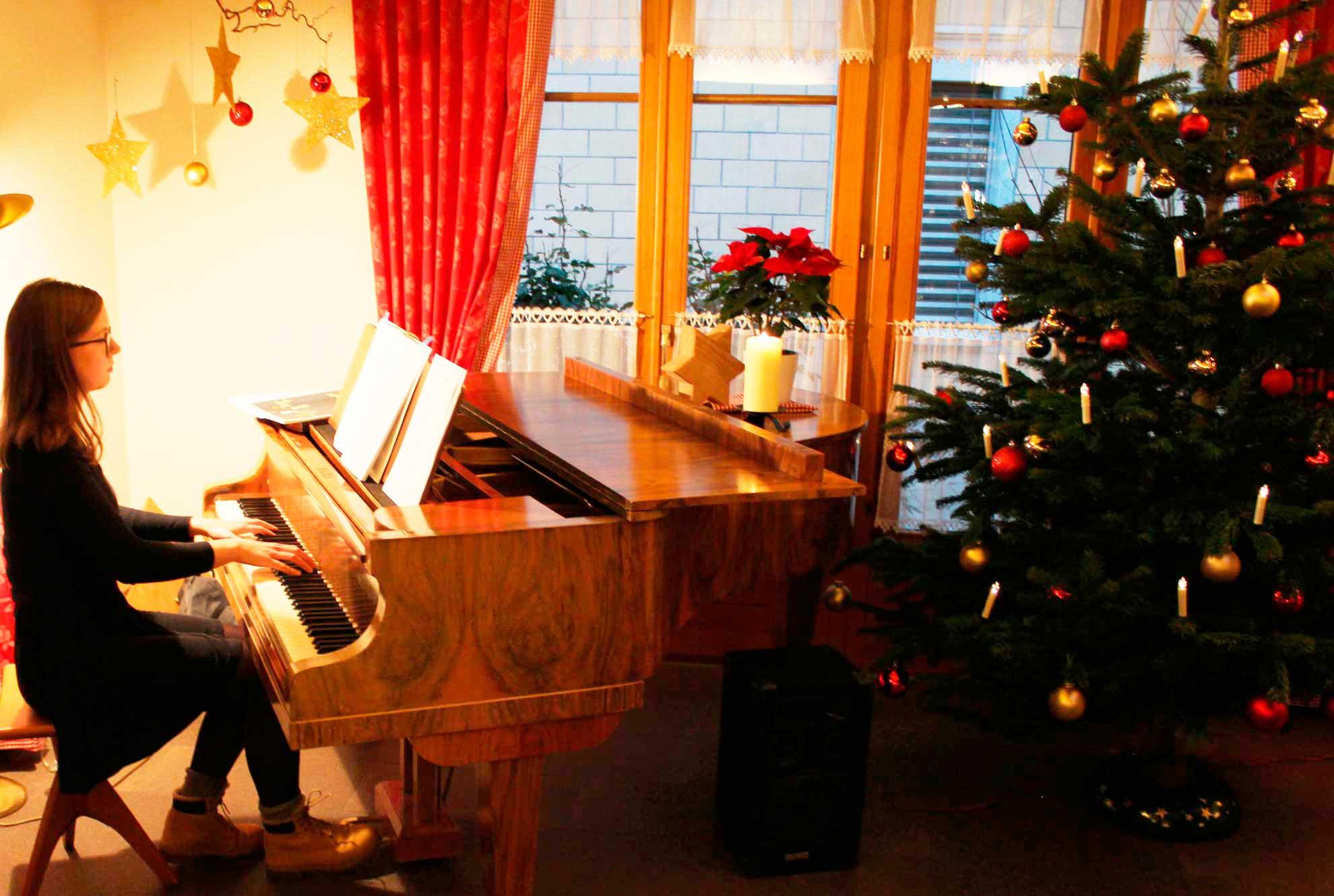 Weihnachtsfeier-Musik-1